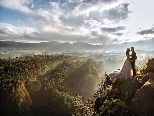 ảnh cưới giữa thiên nhiên hùng vĩ