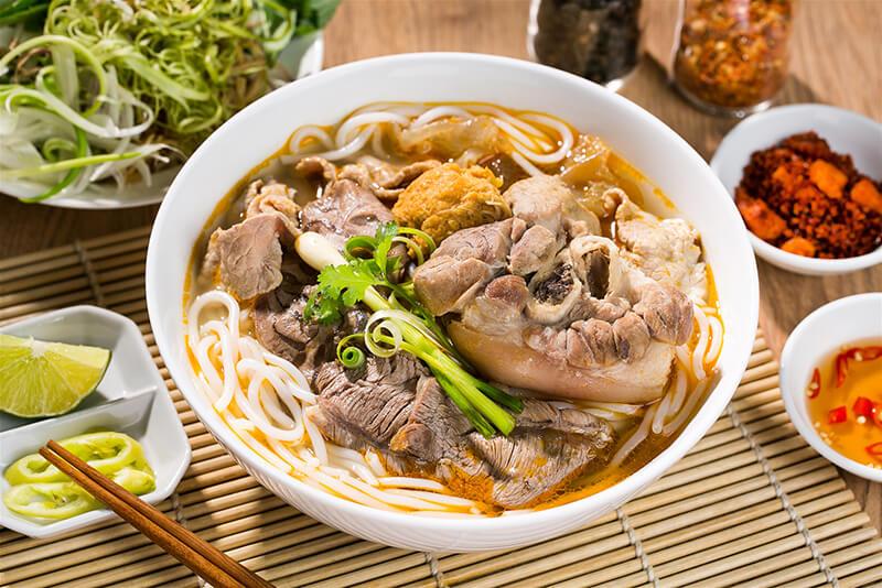 Hầu như bún bò huế xuất hiện trên khắp các tỉnh thành của Việt Nam